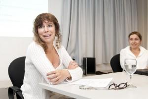 La Dra. Ladenheim junto a la Dra. Petra Schaper-Rinkel del Instituto Austríaco de Tecnología.